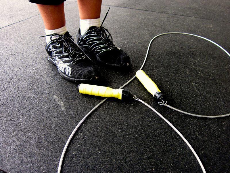 Für mehr Kalorienverbrauch mit Seilspringen wählen Sie das richtige Seil aus