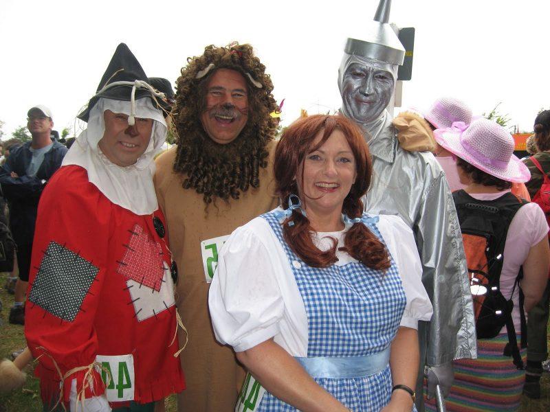 karneval gruppenkostüme alice und freunde