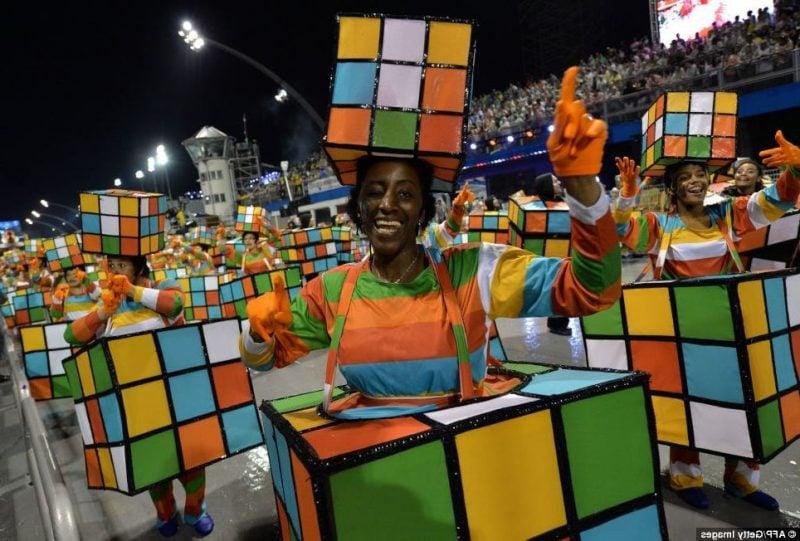 karneval gruppenkostüme bunt