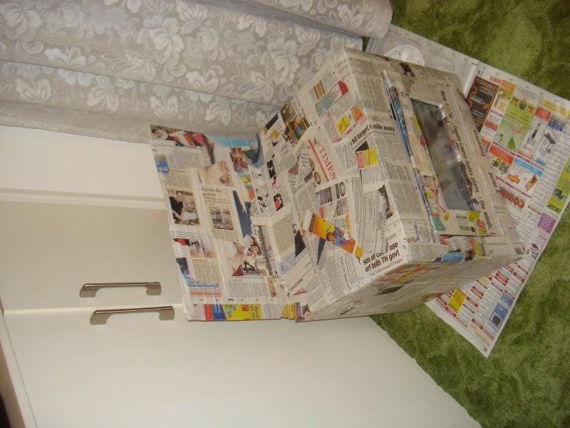 Kinderküche selber bauen: Kleben Sie den Karton