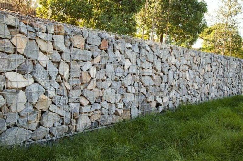 Gabionenwand aus Stein klassisches Design