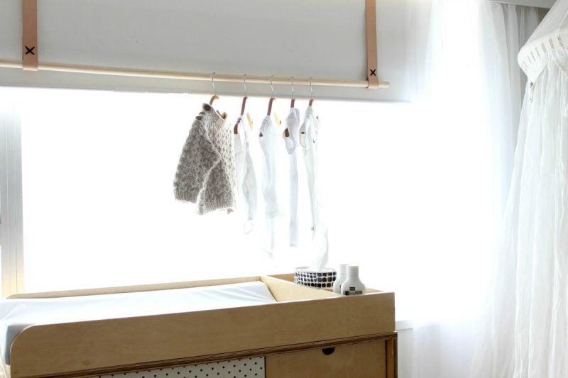 Kleiderstange für Wand aus Holz: Anleitung