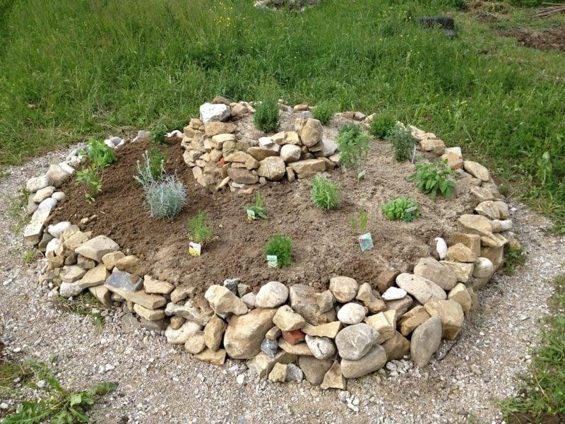 Garten Gestaltungsideen Kräuterspirale