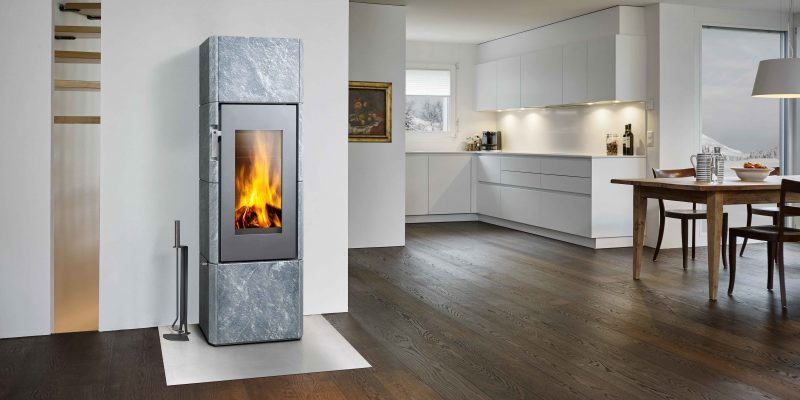 Moderne Kaminöfen von Attika für in minimalistische Wohnung