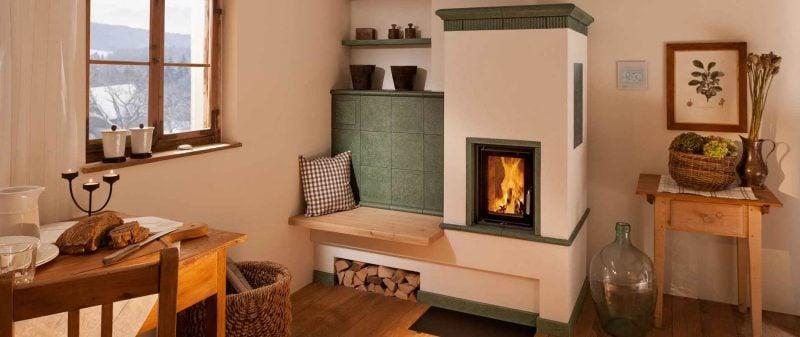 Moderne Kaminöfen in der Küche bieten praktische Anwendung