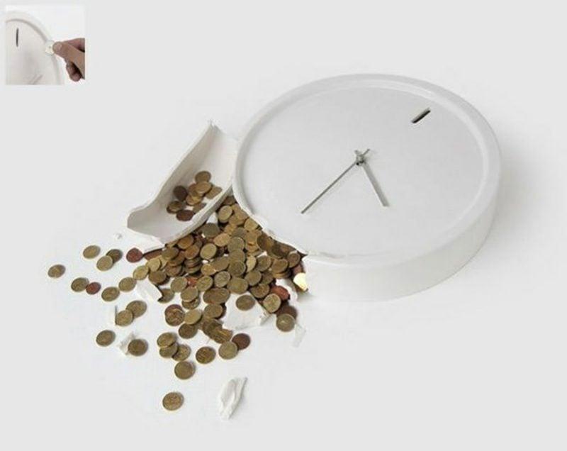 runde Holzuhren mit schöner Maserung Veios von Wewood