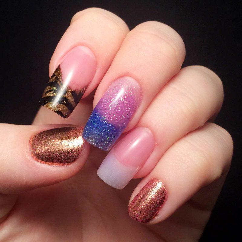 Nagelmodellage Bilder: Die geklebte Nägel können Sie nach Ihrem Geschmack lackieren