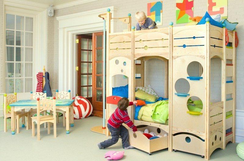 mitwachsendes Spielbett Kinderzimmer Massivholz