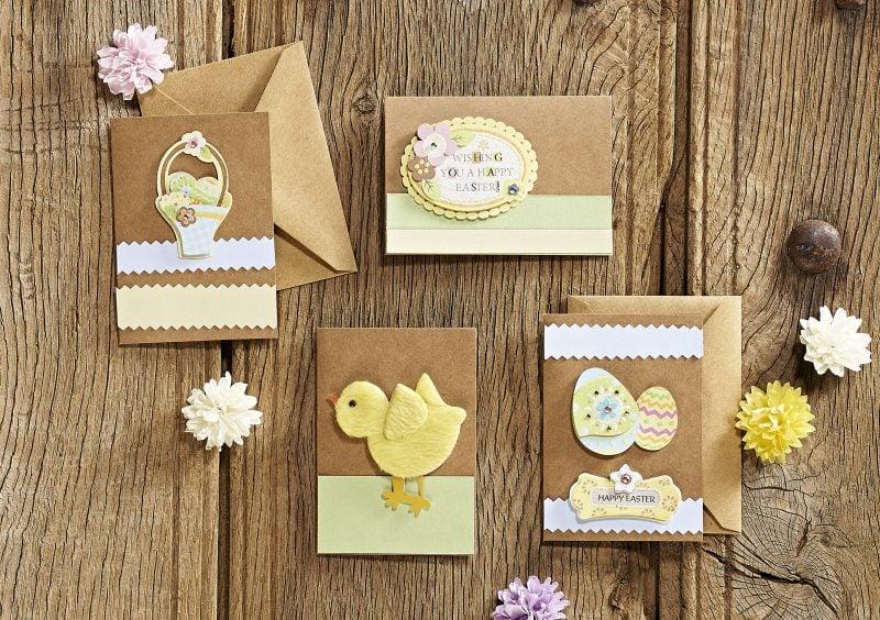 osterkarten mit gelben hühner und eierkorb auf der forderseite