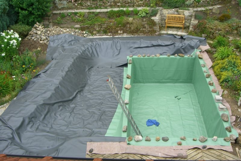 schwimmteich anlegen schwimmteich anlegen worauf kommt es. Black Bedroom Furniture Sets. Home Design Ideas