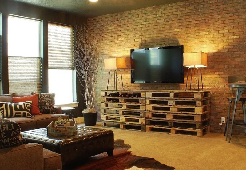 Sideboard selber bauen: TV Stand aus Paletten