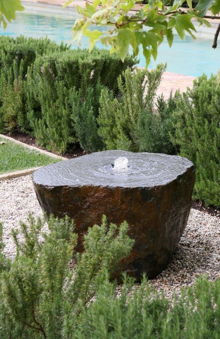 stein gartenbrunnen kreativ