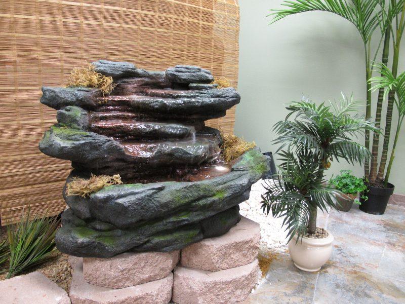 stein gartenbrunnen inspirierend