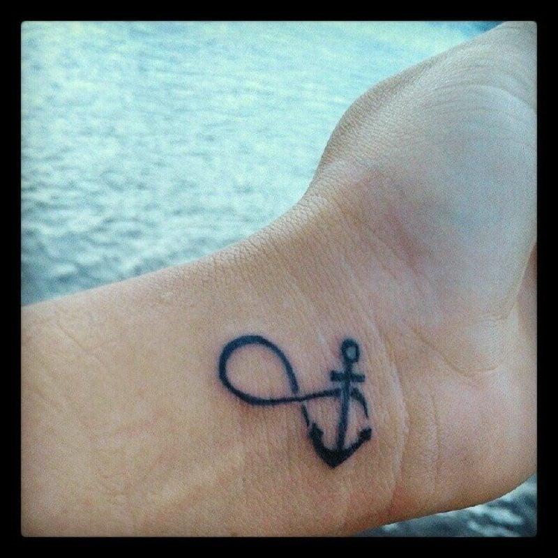 unendlich zeichen tattoo