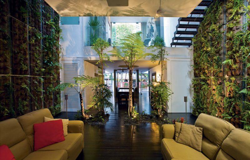 Vertikaler Garten eignet sich ausgezeichnet für große Räume