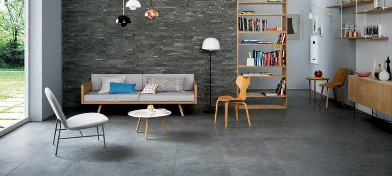 Wandpaneele mit Steinoptik und Wände in kontrasten Farben