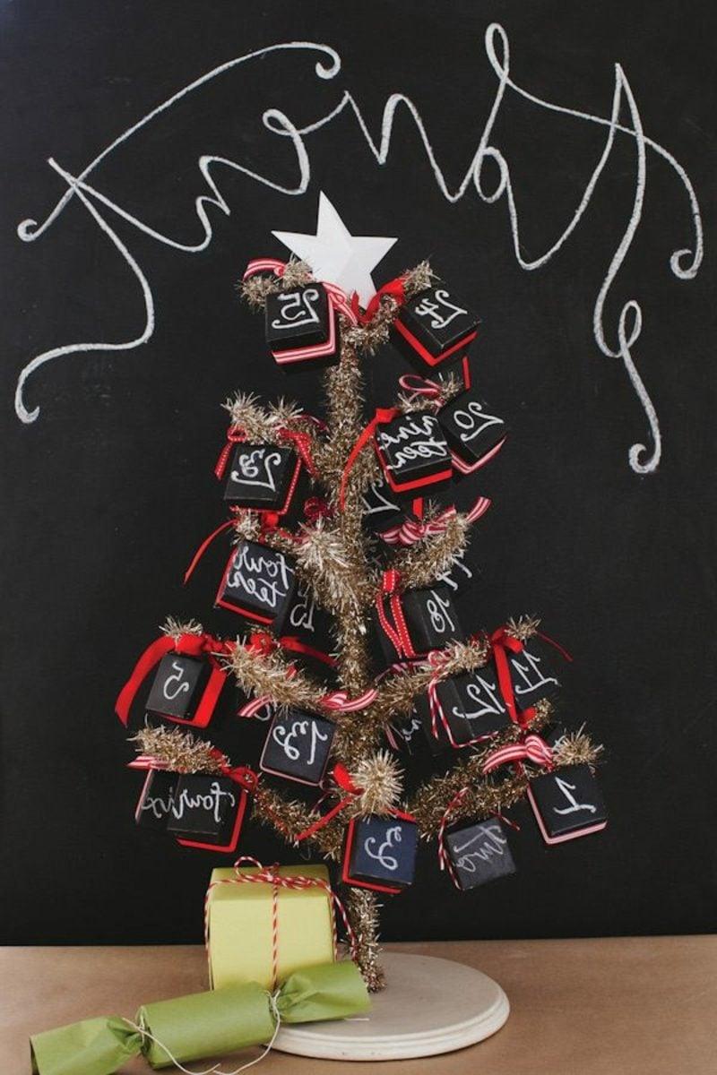 Adventskalender aus Miniboxen kreative Ideen Weihnachtsdeko