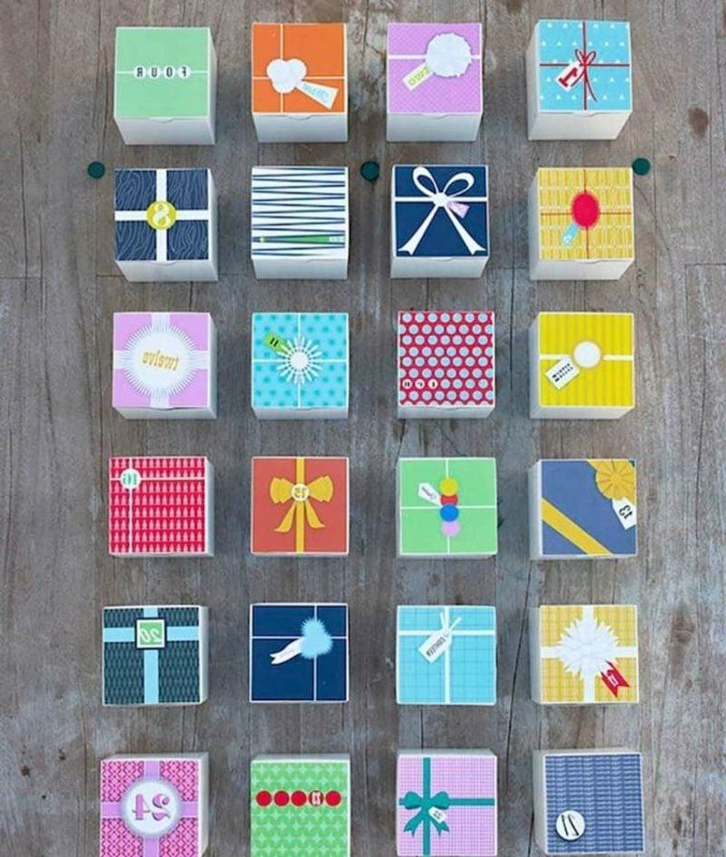 Adventskalender aus bunten Schachteln selbst gebastelt
