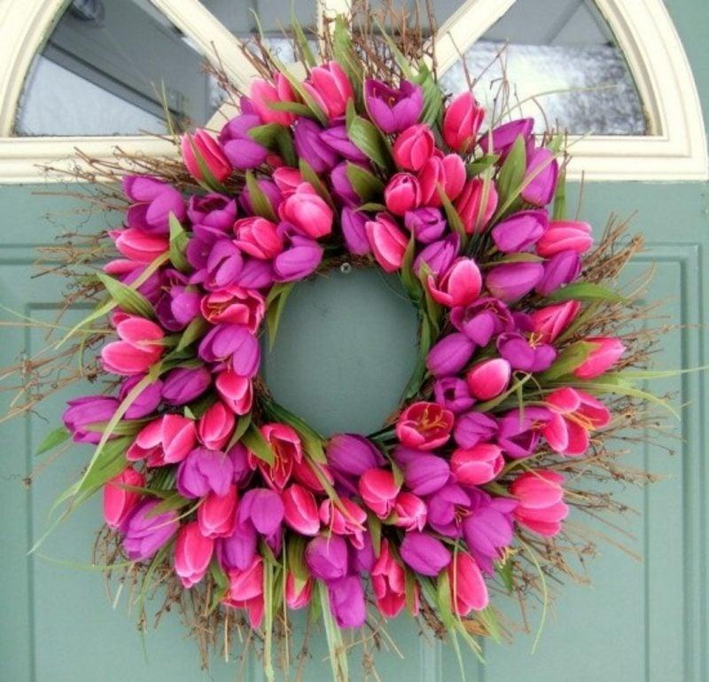 Frühlingsbasteln Kranz rosa Tulpen