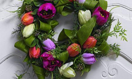 DIY Kranz mit Frühlingsblumen