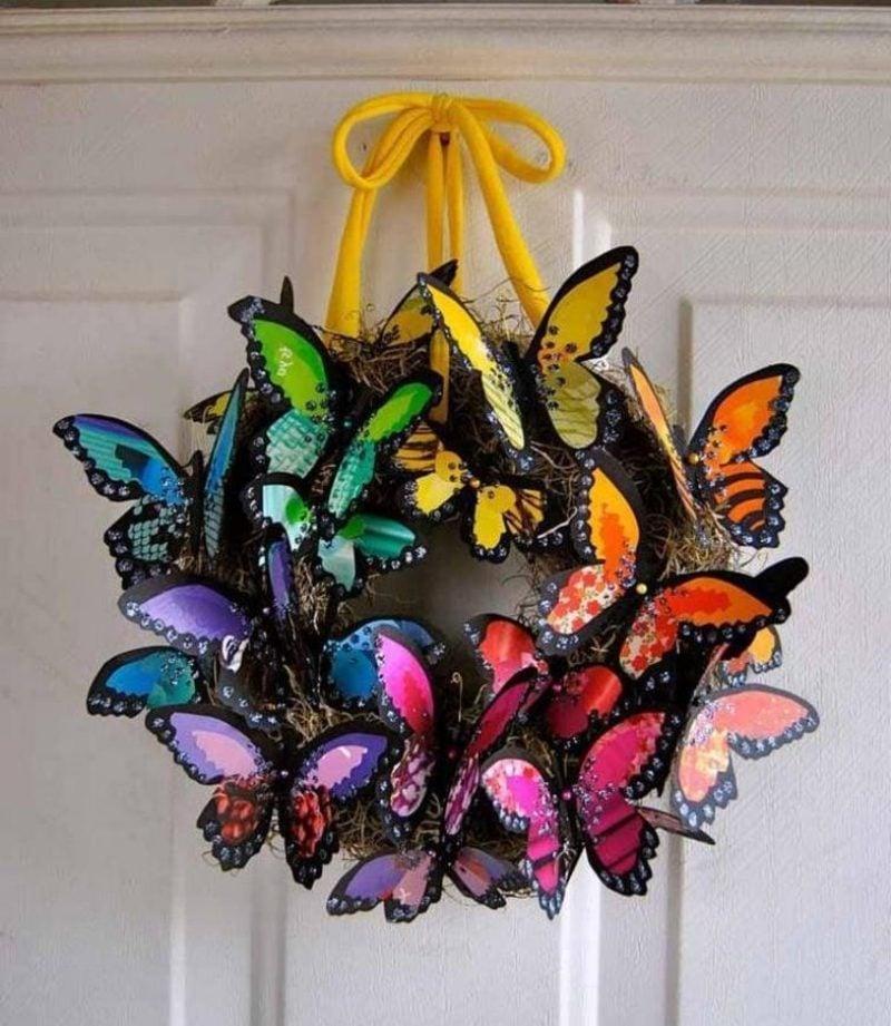 Frühlingsbasteln Kranz Schmetterlinge kreative Ideen