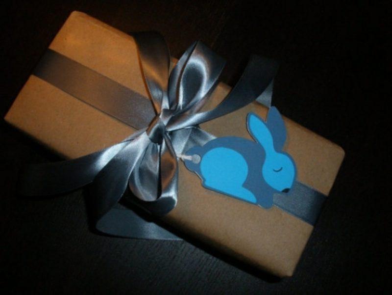 lustige Osterhasen aus Papier basteln originelle Geschenksidee