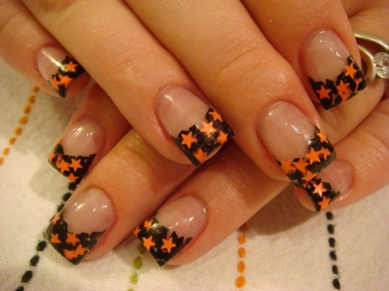 Sternchen French Nails Nageldesign Muster Halloween