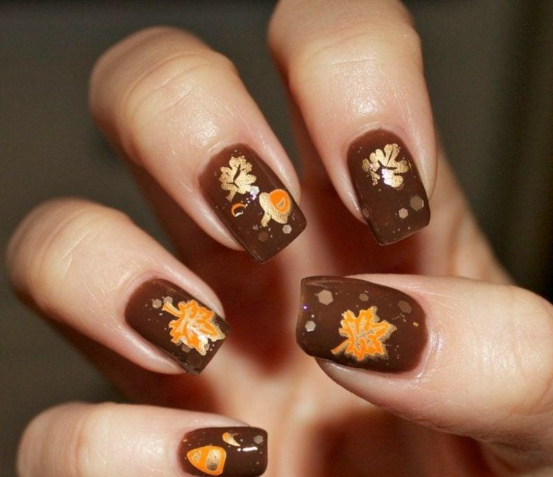Herbstblätter Nagellack Schokobraun