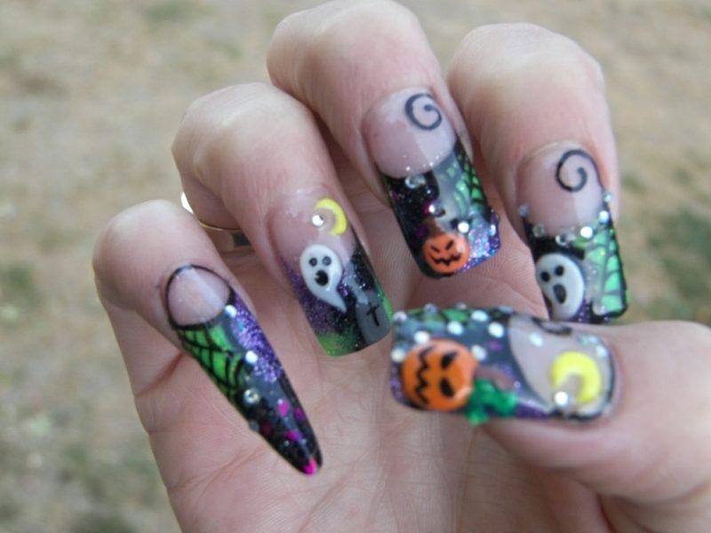 gruselige Nageldesign Muster zum Halloween