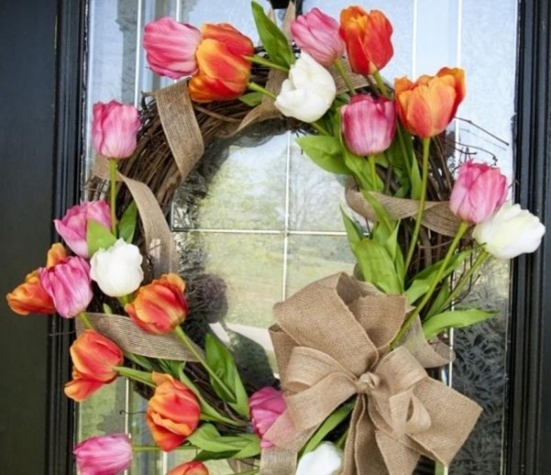 Frühlingsbasteln Tulpenkranz