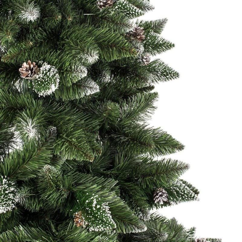 Weichnachtsbaum aus Kunststoff