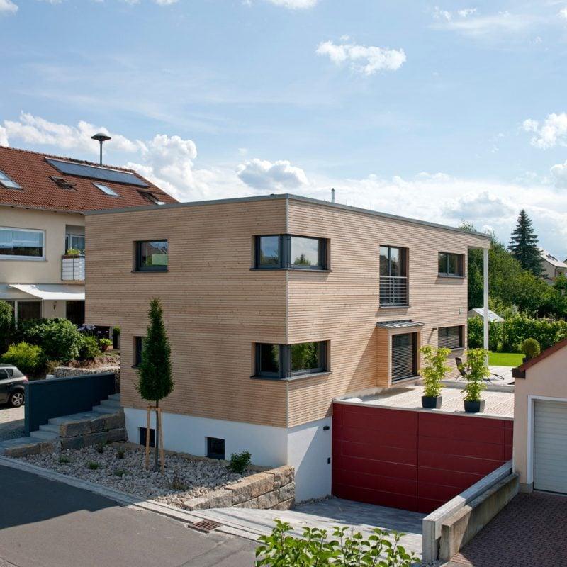 Architektenhäuser mit individuell geplantem Garten