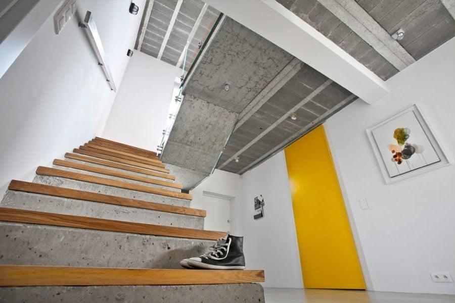 betontreppe versch nern robust im innen wundersch n im. Black Bedroom Furniture Sets. Home Design Ideas