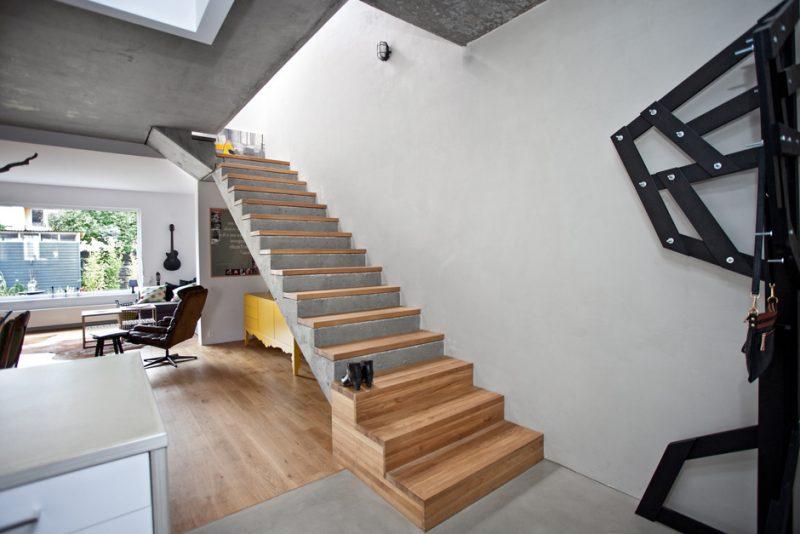 Betontreppe Kombination von Holz und Beton