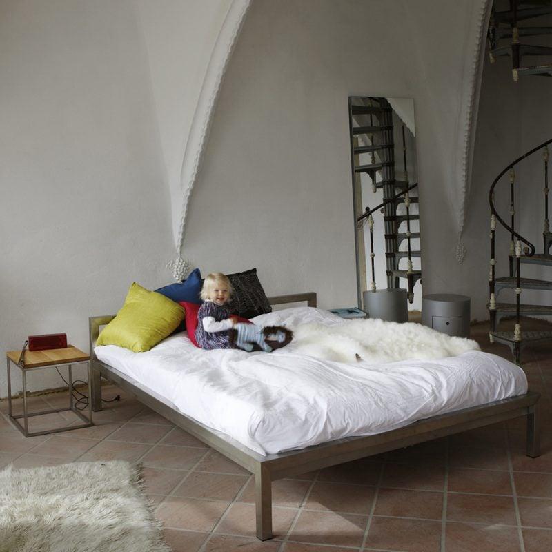 bett ohne kopfteil: so wird das schlafzimmer größer - möbel, Hause deko
