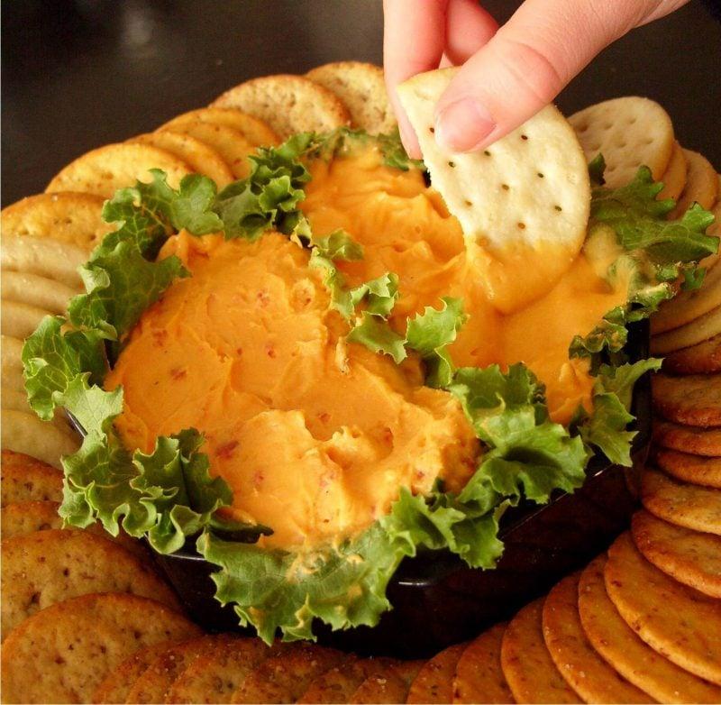 Brotaufstrich selber machen mit Käse