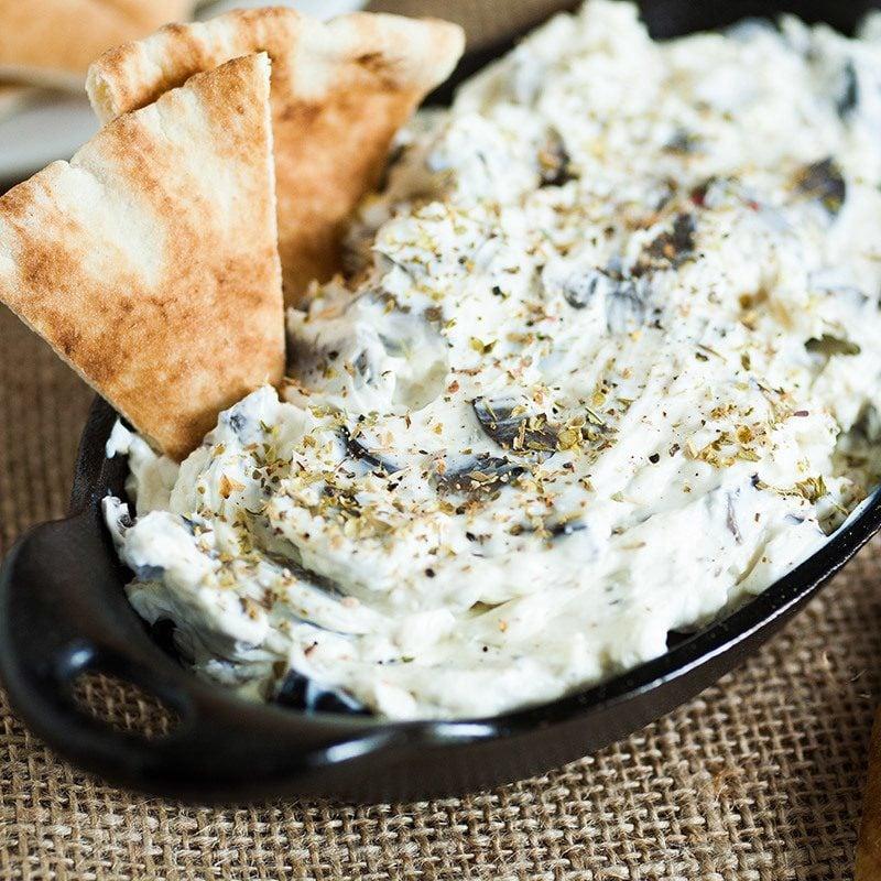 Brotaufstrich selber machen mit Oliven
