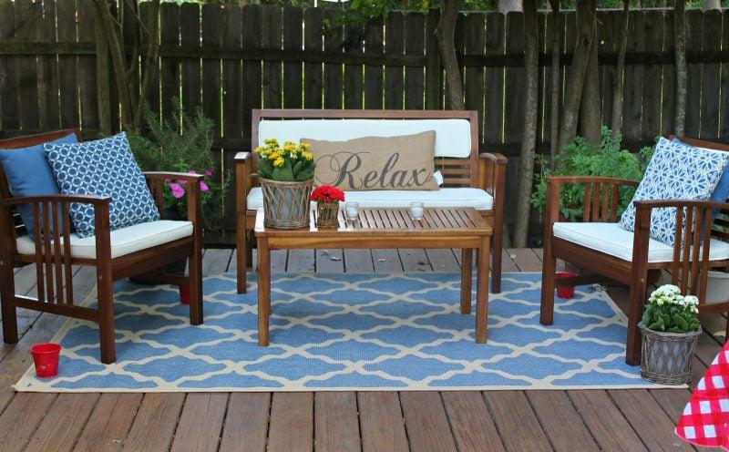 Design Gartenmöbel aus Massivholz