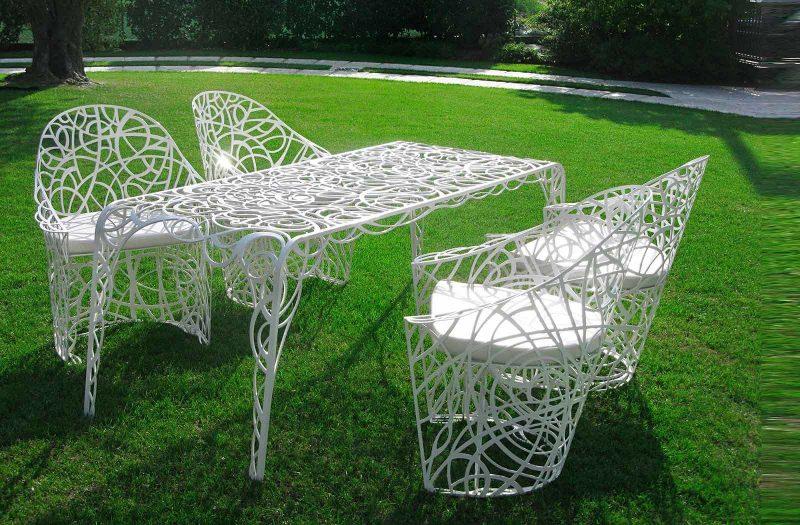 Modern Design Gartenmöbel aus Metall