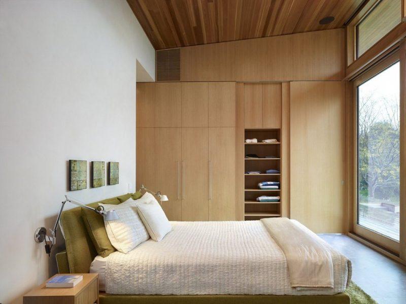 Einbauschrank im kleinen Schlafzimmer