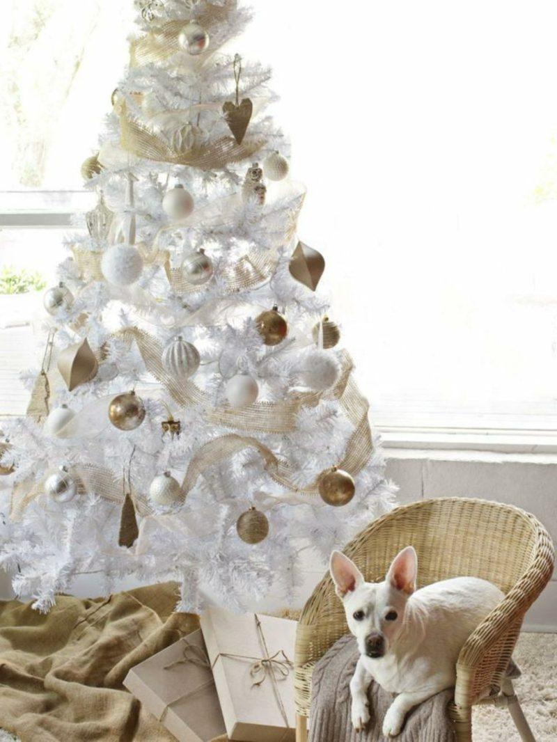 Weihnachtsbäume kaufen weisse tanne aus Kunststoff