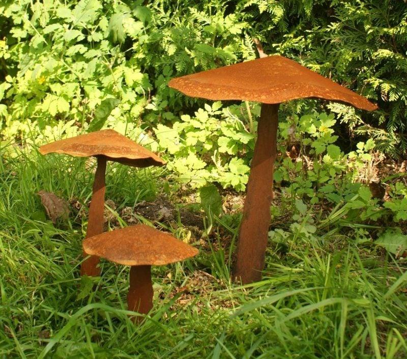 Gartendeko Rost Pilzen