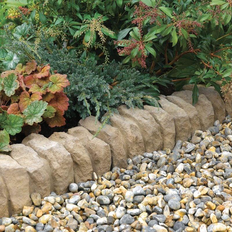 Gartengestaltung mit Steinen: Spielen Sie mit der Große