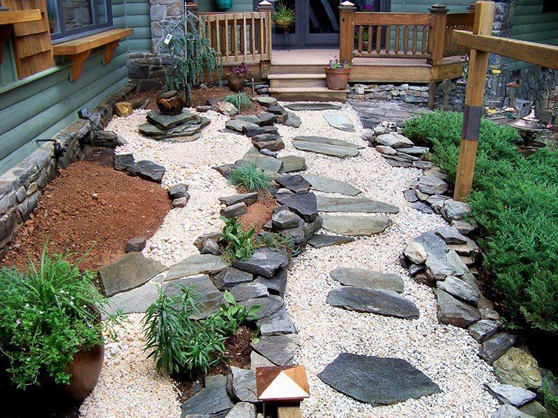 Ideen für Gartengestaltung mit Steinen - groß und klein