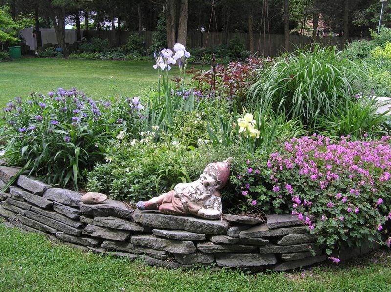 Gartengestaltung mit Steinen: Bepflanzung