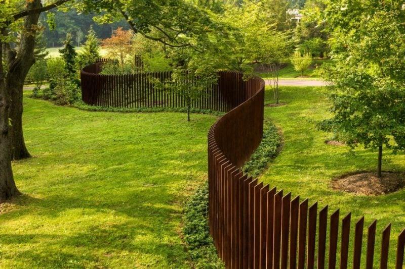 Gartentor selber bauen von Minimalismus inspiriert