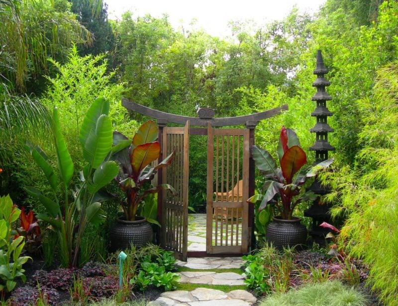 Gartentor selber bauen im japanischen Stil