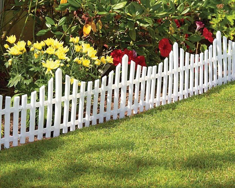 Gartenzaun aus Kunststoff in Weiß