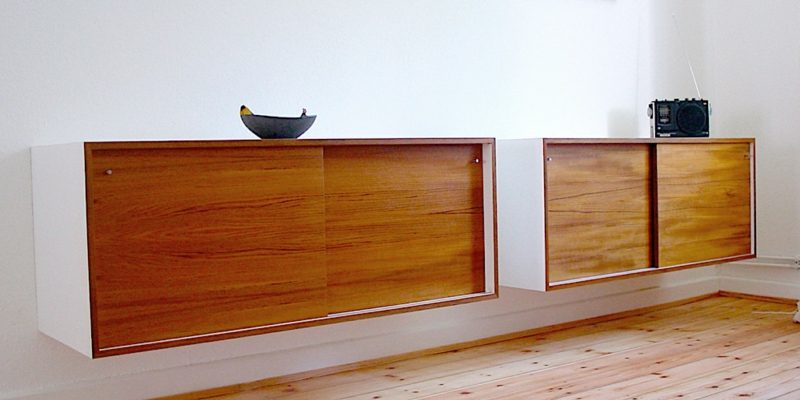 Sideboard hängend Holz origineller Look