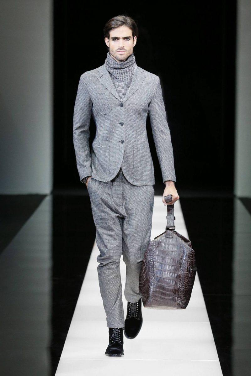 Männerfrisur 2015 Seitenscheitel von Armani Model